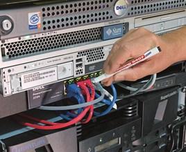 Маркировка провода маркером для кабеля E-8407