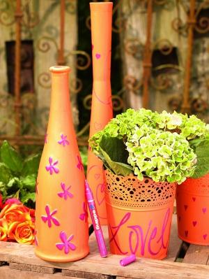 Декорируем цветочные горшки маркерами Edding